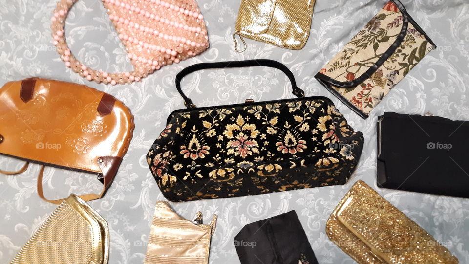 10 Vintage Must Have Handbags