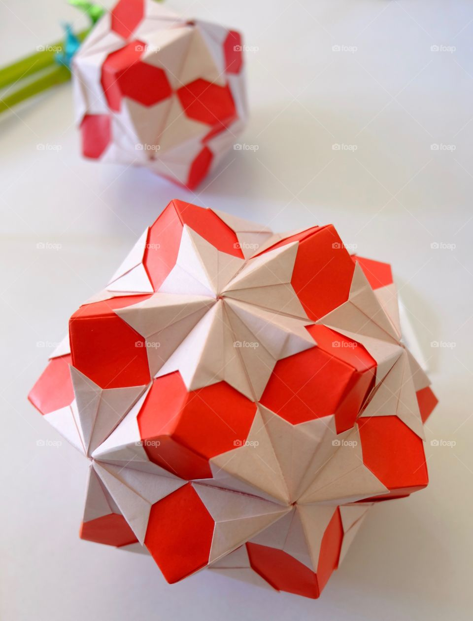 Origami, red and white ball