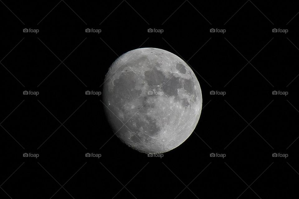 moon mond by dryair