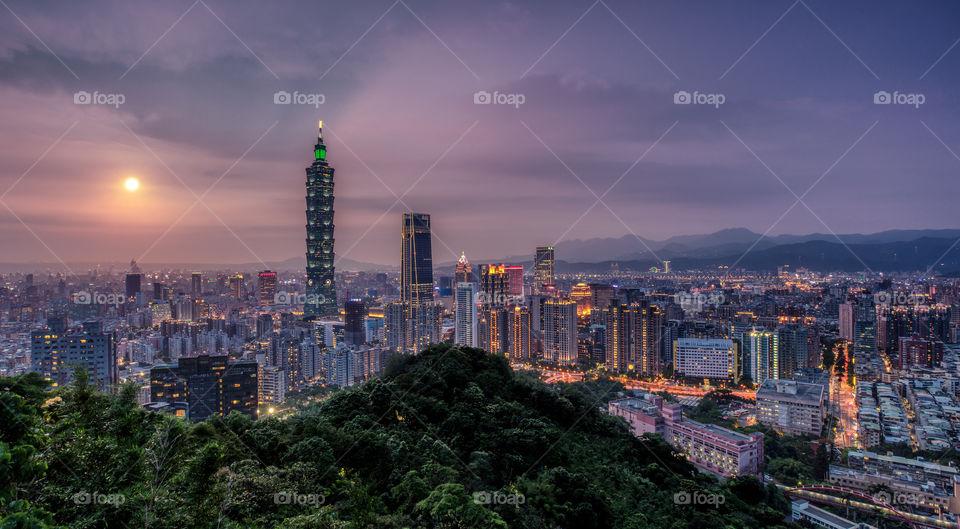Pink sunset over Taipei city