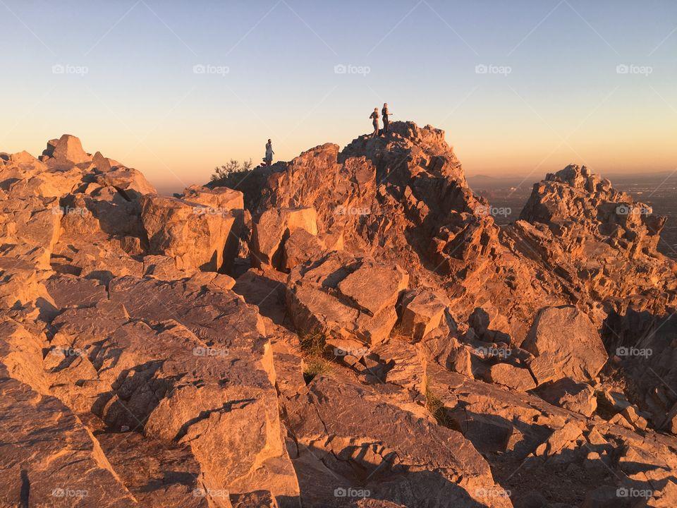 Hikers on Piestwa peak in Phoenix, AZ