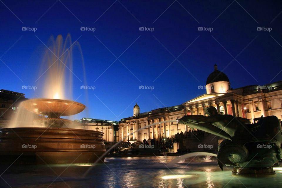 Trafalgar Square Night