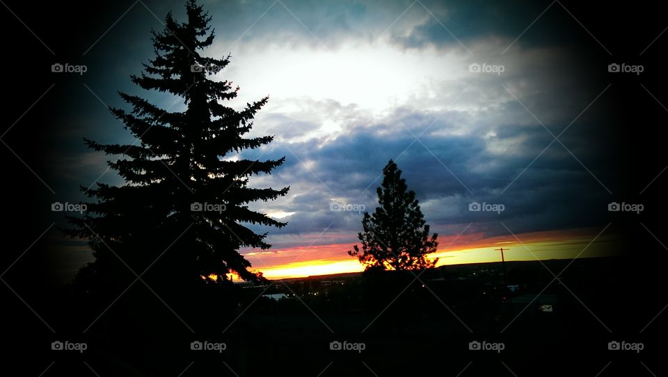 Montana Sunset. Took this picture while traveling through Great Falls Montana