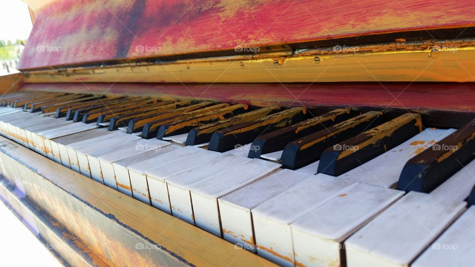 Abandoned of Piano