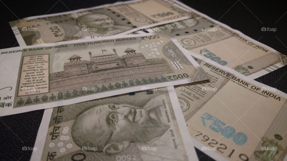 Indian currency 500 rupees- In cool Grey color