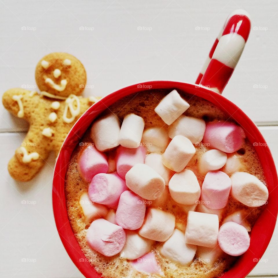 Marshmallow in coffee cup