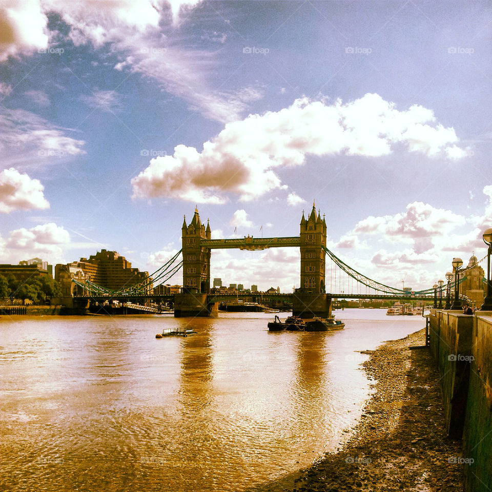 london river thames bridge by dperkins