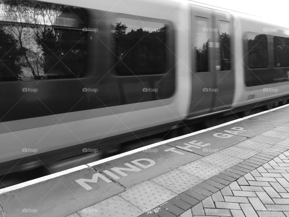 Where in the world am I ? Clue is painted in words on the platform MIND THE GAP ... Answer Berkhamsted Not too far from London