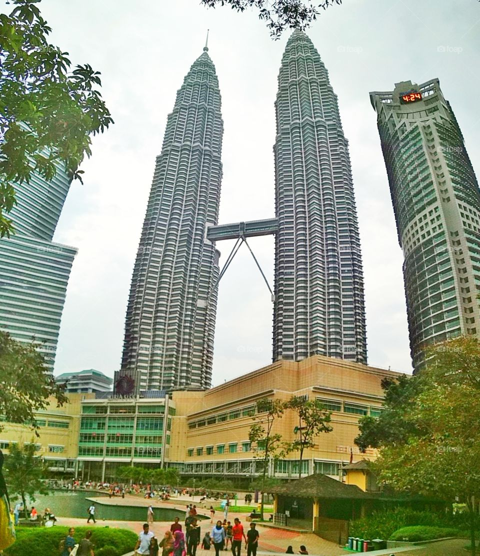 This Petronas twin tower is well known as one of the tallest building among the tourists, which is a must to visit by them.