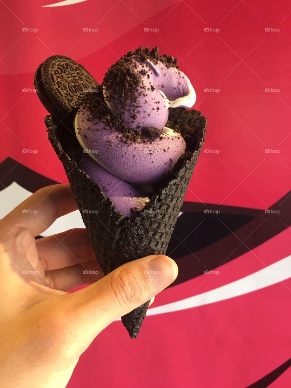 Oreo Cookie Ice Cream Cone