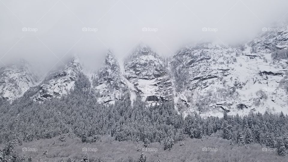 Mist over Mountain Among Utah's great many mountains, are the Wasatch Range. Within this range, are a great many marvels to be witnessed. When snows nestle upon the peaks, and a mist settles over the sky, an heir of whimsy and magic becomes of life.
