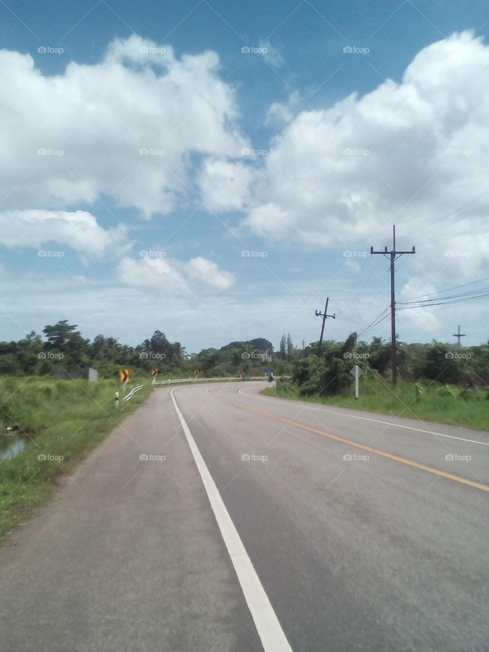 quiet highway turn