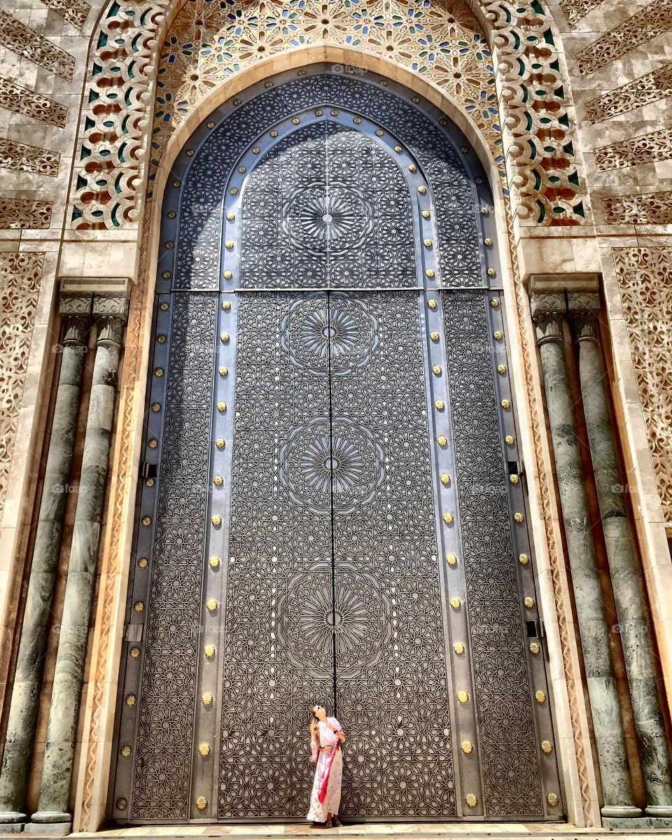 This photo won in compedition for a photo of The month in Academy of photo in Polish National Geographic Traveler :)😬👍🏻🌍❤️👏🏻Amazing place in Casablanca !!!!Awesome!!!Incredibile!!!! #film #marocco #blog #islam #michaltoloczkopodróżnik #michaltoloczko #instagram #foap2016 #amazinglife #photooftheday #building #trip #travelling #traveller #travelingram #photo #love #beautifulgirl #discover #landscapes #travels #foap #photo2016 #travelphoto #traveltheworld #awesome #travelawesome #travellife #traveldiary #polishgirl #travelblog #travelbloggers #casablanca #adventuretime #natgeotravel #view @wakacyjnipiraci @foap