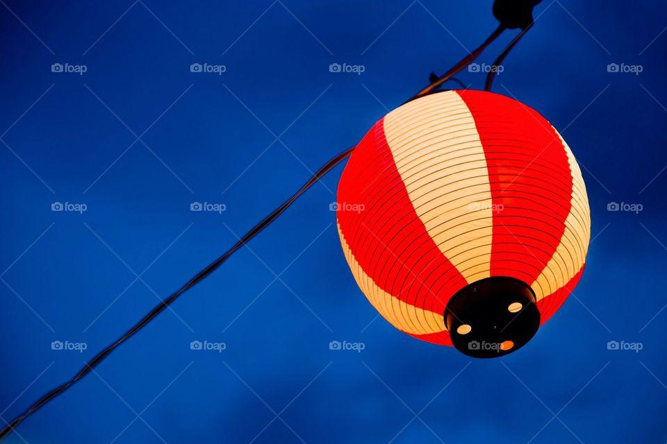 Japanese lantern hang on the rope
