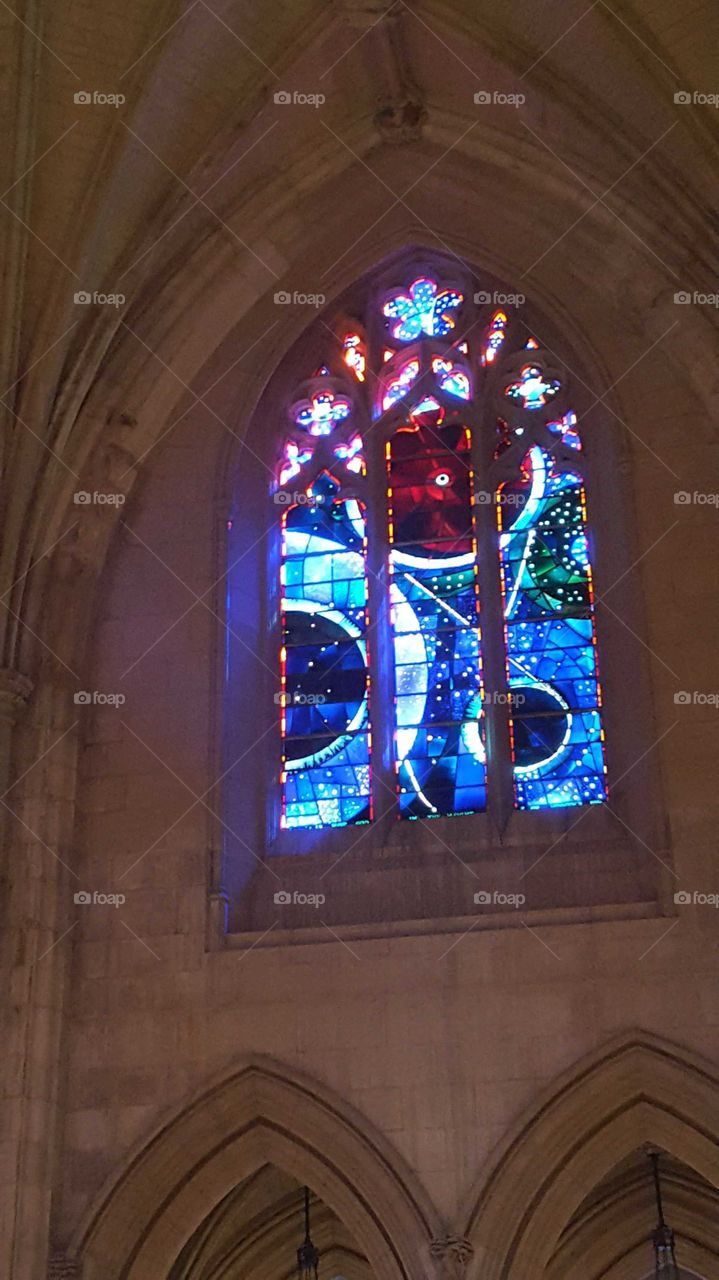 National Cathedral, Washington D.C., Space Window