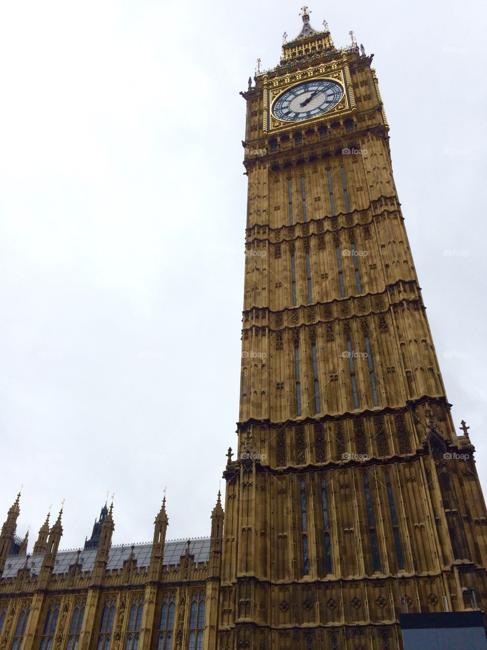 Big Ben . I do have a chance to visit this place with my own eyes . It's beautiful.