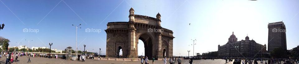 Gateway in panorama