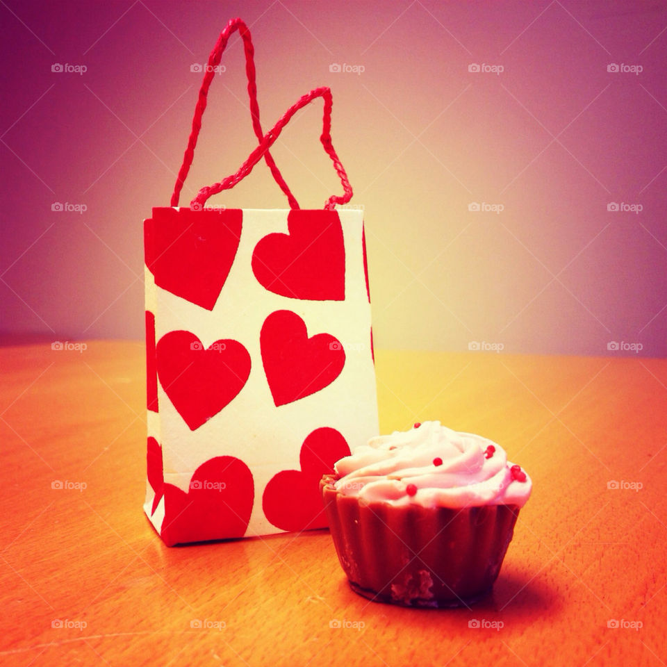 close sweets candy gift by ifrippe