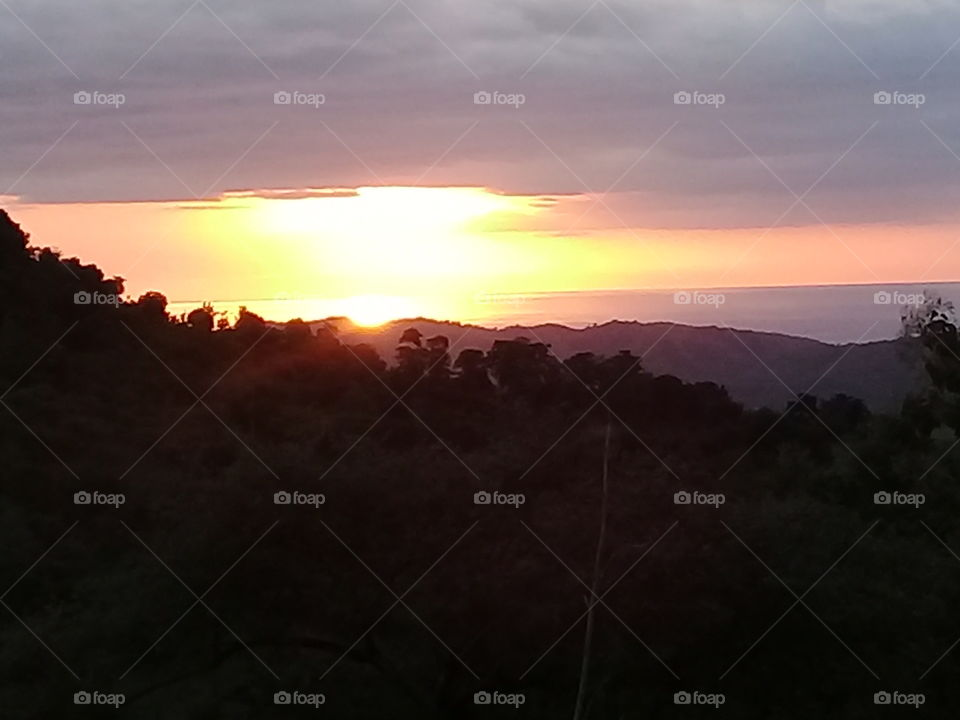 the view from the top of the hill... the moment when sun will set...