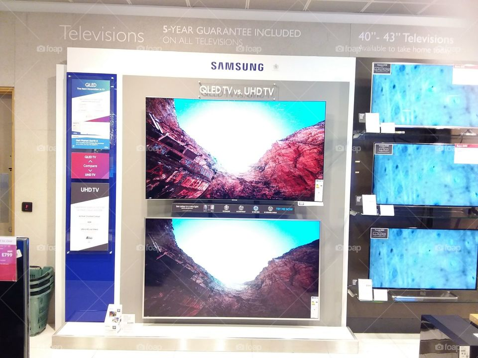 Samsung Armoire comparison wall mounted televisions 4K Ultra High Definition Indoors, No Person
