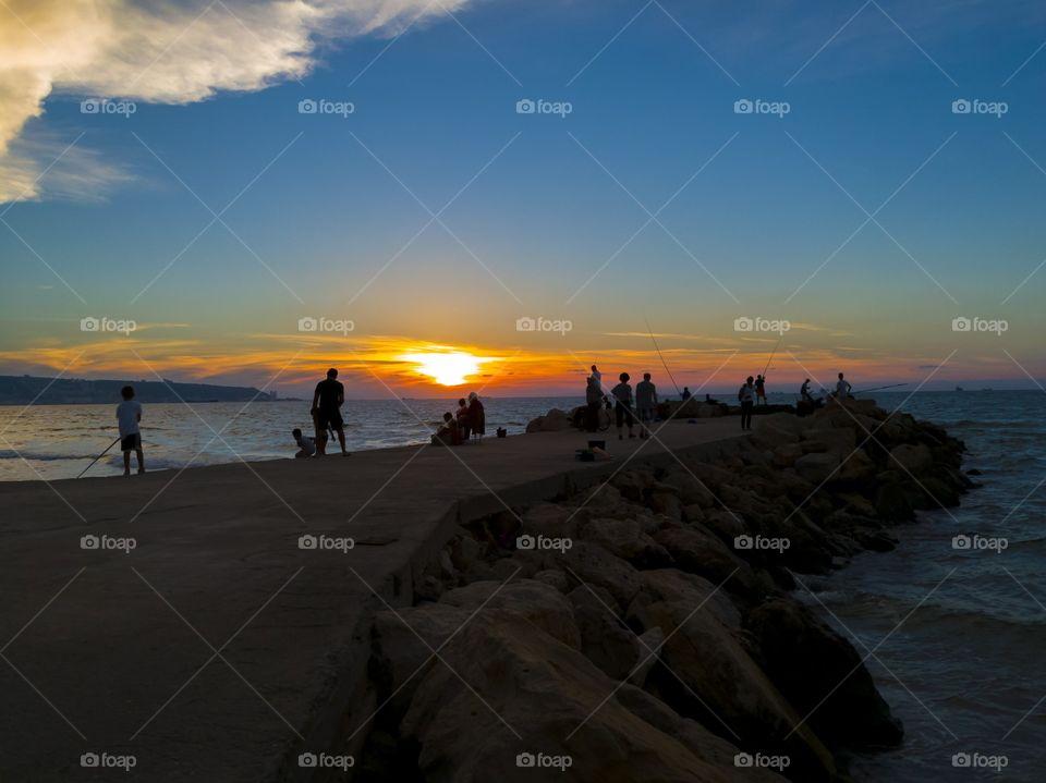sunset at the wavebreaker 2