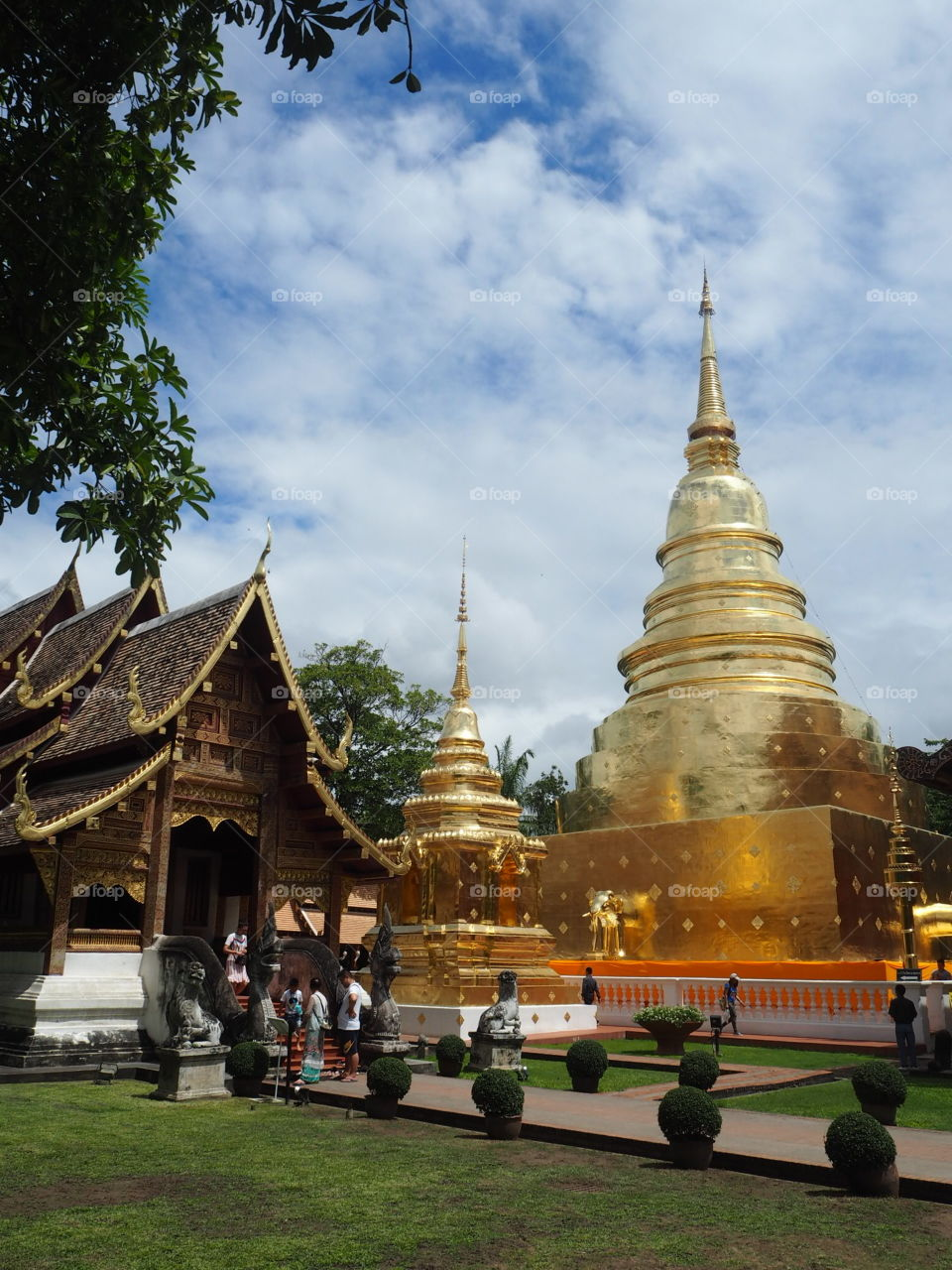 We're call that big building is  pagoda or stupa .In thailand language we're call that thing is chedi .                                                                                           P.S. ( If i use a word or gramma and sentences wrong  you can tell me or teach me  how to use it for right .  thank you . )                                                              Sawasdeekrab
