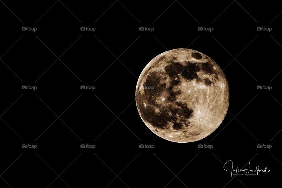 Moon over Georgia
