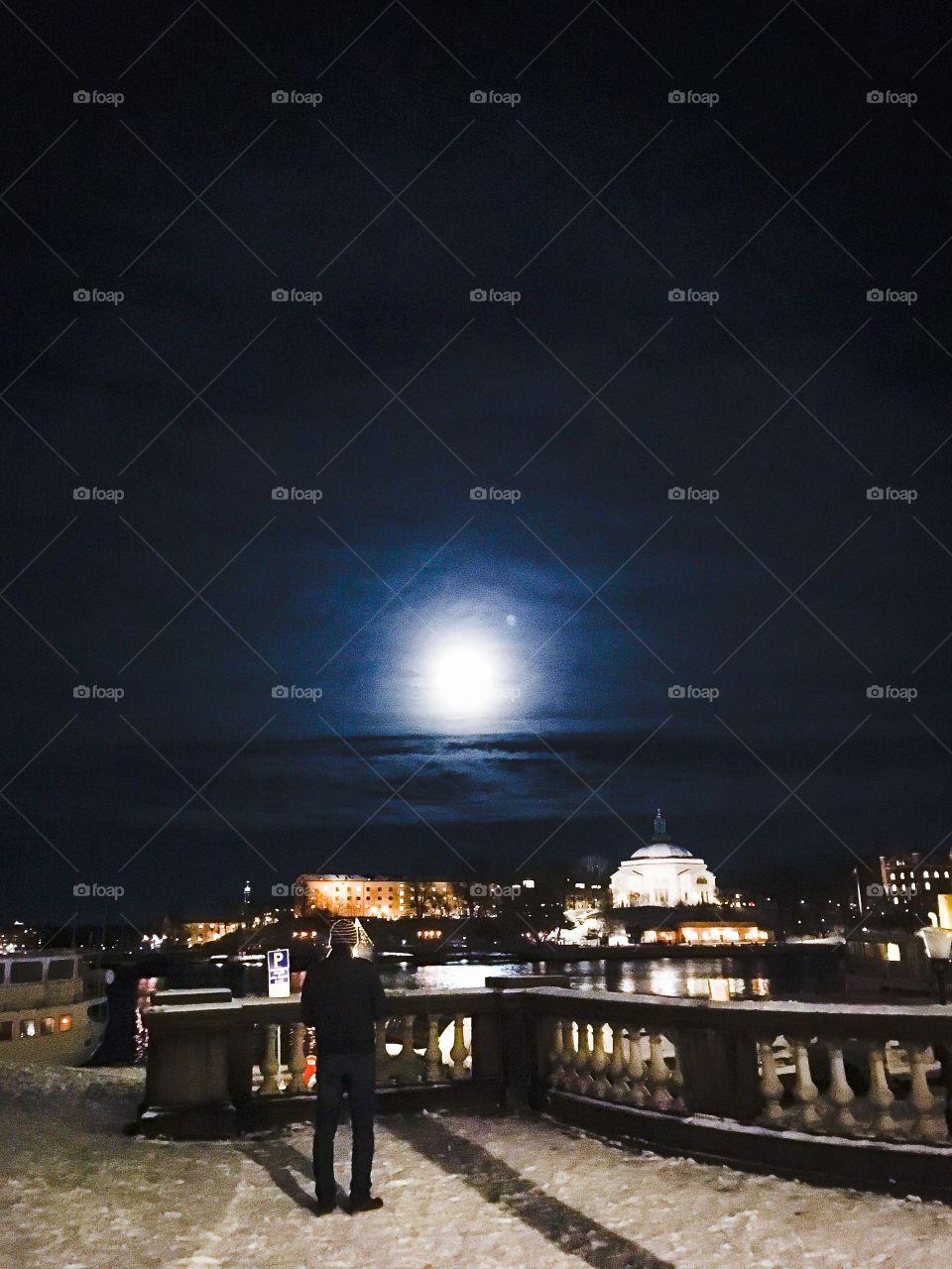 fullmoon winter stockholm
