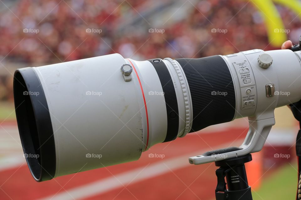 Super telephoto in business