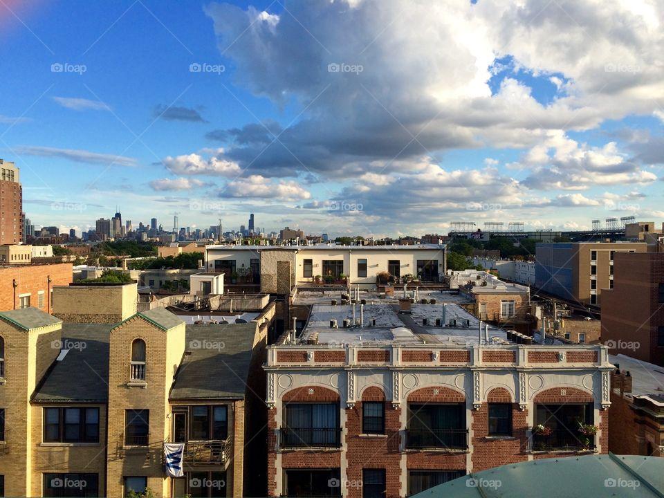 Chicago, Lakeview neighborhood, brownstones, Wrigleyville, Wrigley Field, Chicago Cubs, baseball, skyline