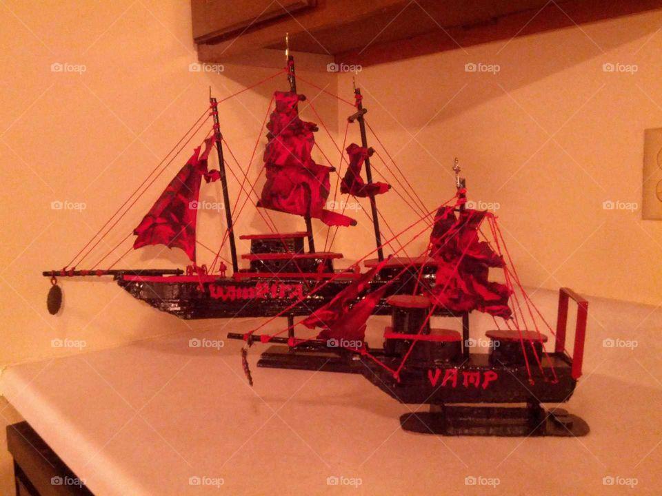 vamp and vampira ships art