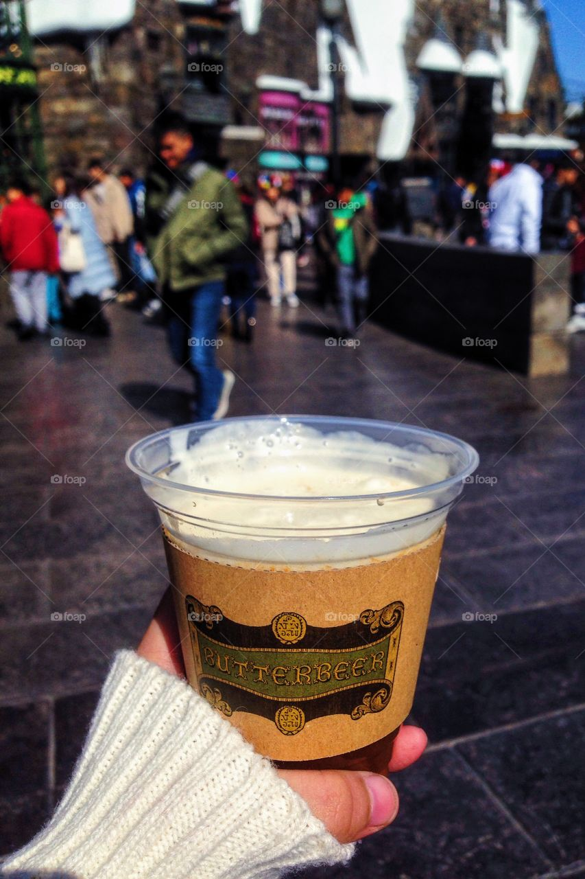 A nice butterbeard on a nice cold summer. Wizarding world of harry potter!!