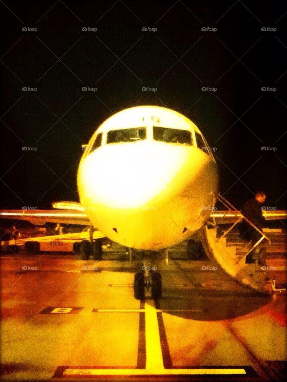 download leaving on a jet plane lyrics
