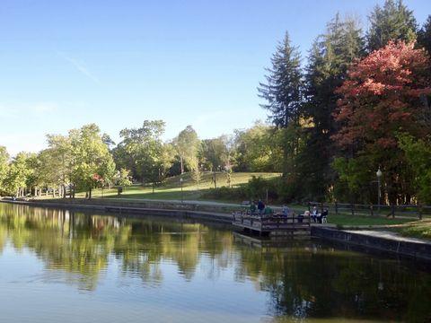Fishing at Twin Lakes