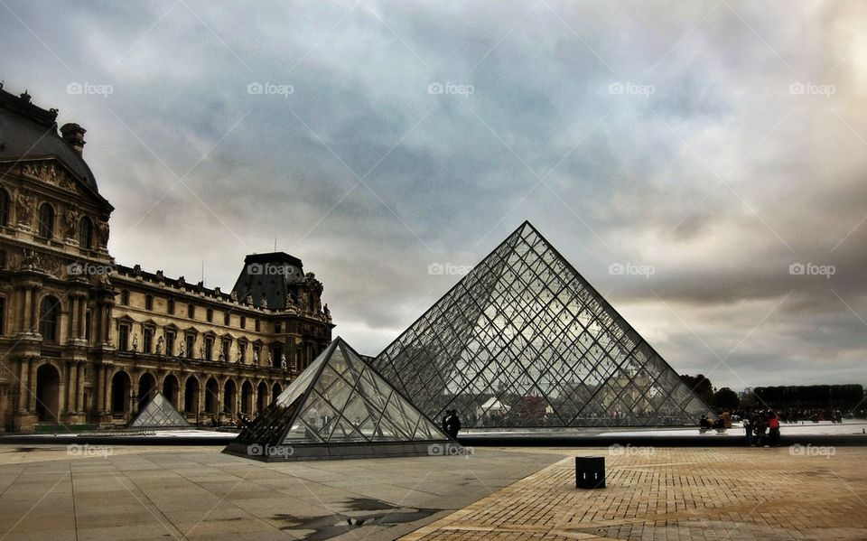 Musee du louvre | color image, photography, outdoors, day