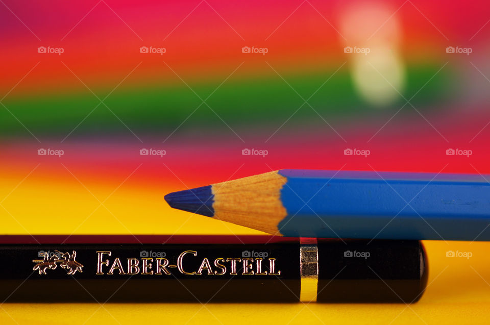 Faber Castell colored pencils macro