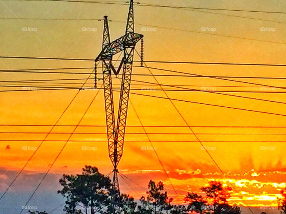 Power. Sunrise and the power grid