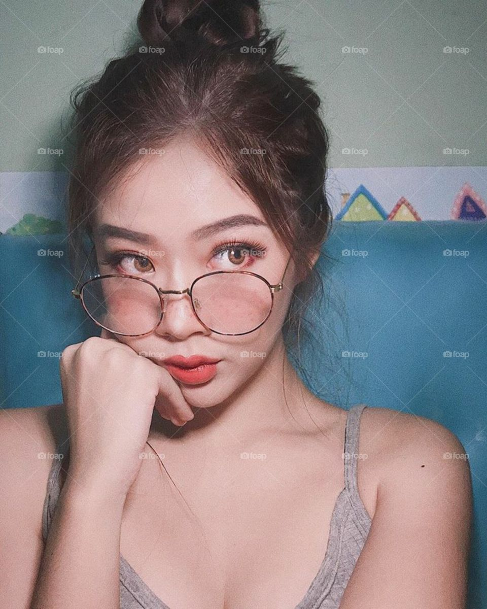 A beautiful sexy women in asia , with hottest lips and luxurious lifestyle 13